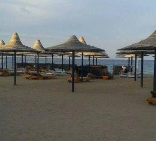 Blick auf strand Hotel Utopia Beach Club