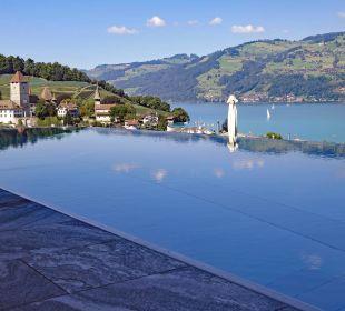 Fantastische Aussicht vom Pool auf die Seebucht Belvédère Strandhotel