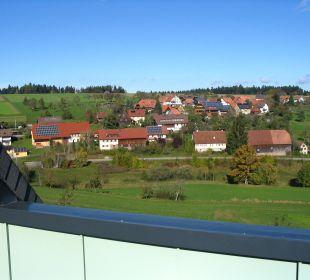 Blick vom Balkon zum Ort Landhotel Talblick