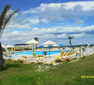 Basen Skanes Family Resort