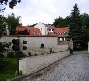 Einfahrt zum Hof Hotel Schloss Schweinsburg