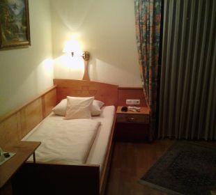 Kleines Bett Hotel Zu den Drei Kronen