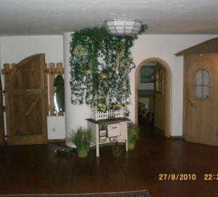 Flur mit Blick zur Bartür Hotel Emer Hof