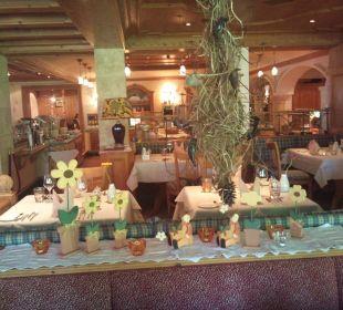Sehr gemütlicher Speisesaal Hotel Alpin Spa Tuxerhof
