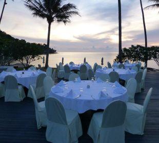 Schön gedeckt am Abend  Hotel Mercure Koh Chang Hideaway