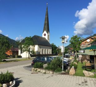 Ansicht Dorfkirche ( läutet nachts nicht  ) Hubertus Alpin Lodge & Spa