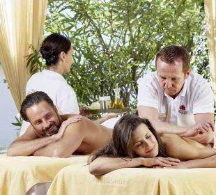 Paar-Massage in der Freiluft-Loggia DolceVita Hotel Preidlhof