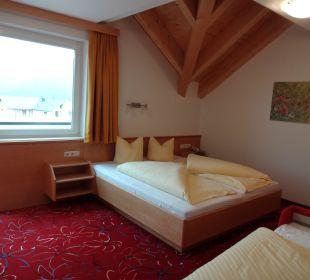 3-Bett-Schlafzimmer Hotel Alpenroyal