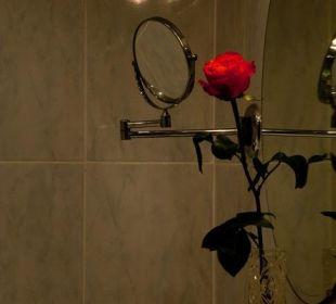 Bad eines Doppelzimmers Gästehaus Hotel Garni Zibert