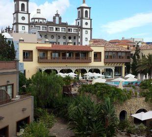 Zur Poolseite Lopesan Villa del Conde Resort & Spa