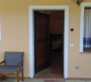 Eingang zu den Zimmern Hotel Parco Degli Ulivi