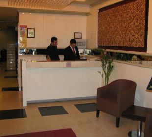 Lobby des Hotels Hotel Blue Regency