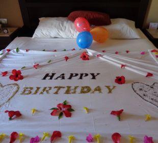 Bett zu meinem Geburtstag TUI SENSIMAR Makadi Hotel