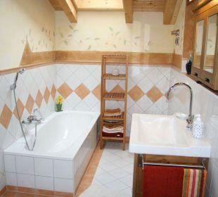 Badezimmer (Dusche nicht im Bild) Ferienwohnung Haus Rosenrot