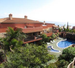 Blick vom Balkon in die Anlage Aparthotel El Cerrito