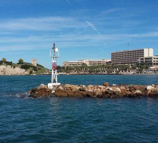Blick vom Schiff Sani Beach