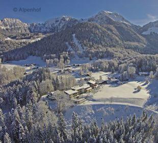 Alpenhof im Winter mit Bergpanorama Alm- & Wellnesshotel Alpenhof