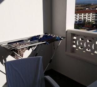 Großer Balkon mit Wäscheständer Hotel Defne Defnem