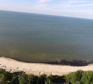 ... 50 Meter Luftlinie, 150 Meter Fußweg ... Inselhotel Rügen B&B