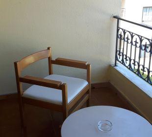 Kleiner Balkon Hotel Corfu Pelagos