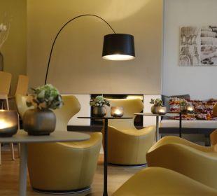 Lobby Weinhaus Henninger Hotel