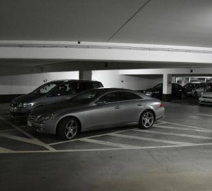 Unser Daimler in der Tiefgarage HKK Hotel Wernigerode
