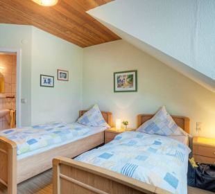 Doppelzimmer mit Einzelbetten Ferienhof Neises