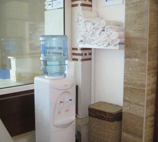 Fitnessstudio - Handtücher und Getränke Hotel Oleander