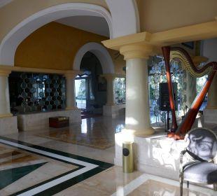Schöner Eingangsbereich IBEROSTAR Grand Hotel Bávaro