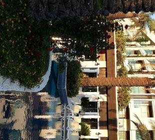 Gelungene Kombination  Grün/ Wasser/ Baustil Sunis Hotel Evren Beach Resort & Spa