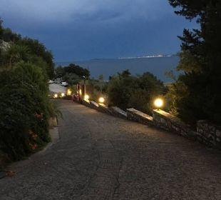 Weg zum Hotel Marilena Sea View Hotel