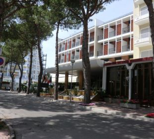 Hotel von aussen Hotel Leonardo da Vinci
