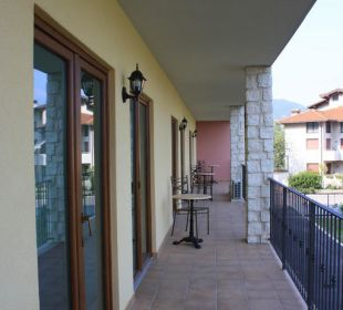 Der hintere Balkon Residenza Le Due Torri
