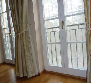 Hohe Bäume vorm Fenster Relais & Châteaux Hotel Bayrisches Haus