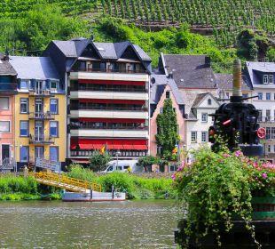 Hausansicht Hotel Weinhaus Mayer