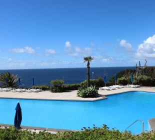 Pool Caloura Hotel Resort
