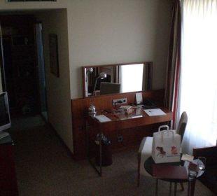 Blick vom Bett K+K Hotel Maria Theresia
