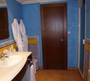 Bad in Seniorsuite Nr. 302 Sensimar Isla Cristina Palace & Spa