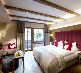 """Wohn-Schlafzimmer """"Herzblut"""" Hotel Alpin Spa Tuxerhof"""