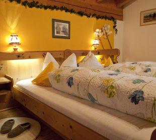 Ferienwohnung Karwendel Schlafzimmer Ferienwohnung Alpenwelt