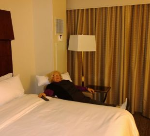 Bed and lounge chair Hotel Westin New York Grand Central