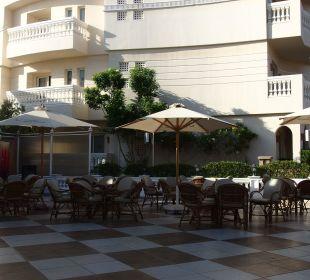 Bar na zewnątrz Hotel Tropicana Azure Club