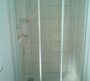 Doppelzimmer - Dusche Kloster Maria Hilf