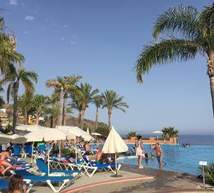 Liegen recht eng aneinander Playacalida Spa Hotel