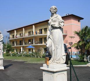 Der Eingang zur Residence Residenza Le Due Torri