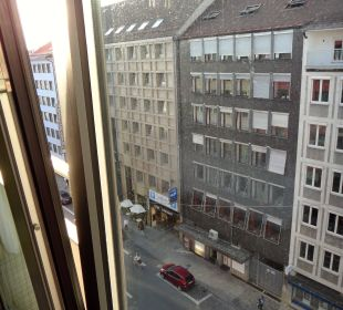 Schwanthalerstr. links Hotel Courtyard by Marriott München City Center
