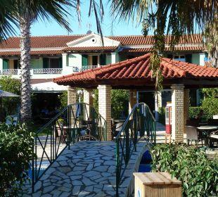 Im Garten Hotel Robolla Beach