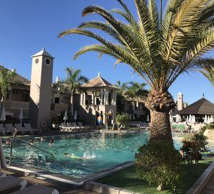 Pool Marylanza Suites & Spa