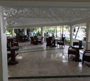 Lobby Bar Grand Bahia Principe El Portillo