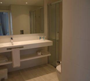 Modernes Bad mit großer Dusche Hotel Playa Esperanza
